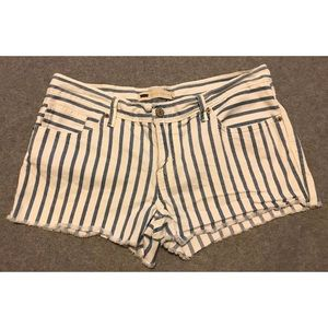 Levi's blue and white striped shorts. Size 11